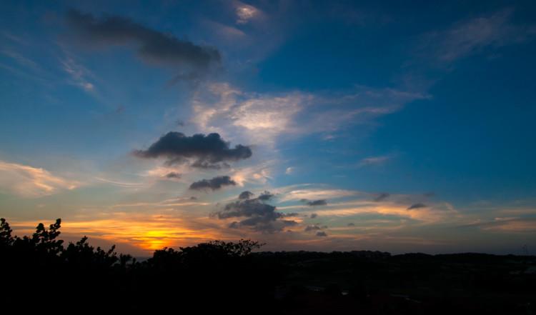 Vacker solnedgång över Blue Bay Curaçao Golf & Beach Resort