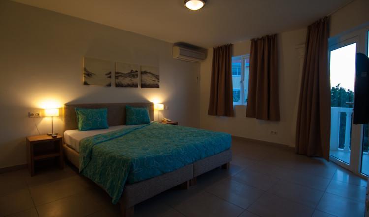 Vårt rum på Blue Bay Curaçao Golf & Beach Resort