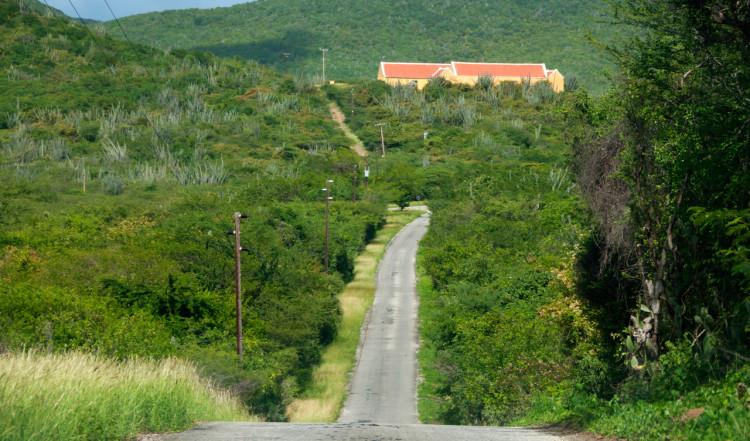 Vi kör norrut på Curaçao