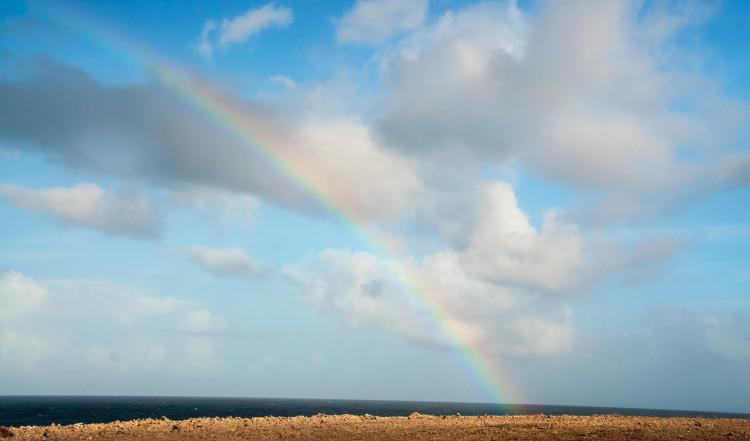 Regnbåge över Shete Boka National Park, Curaçao