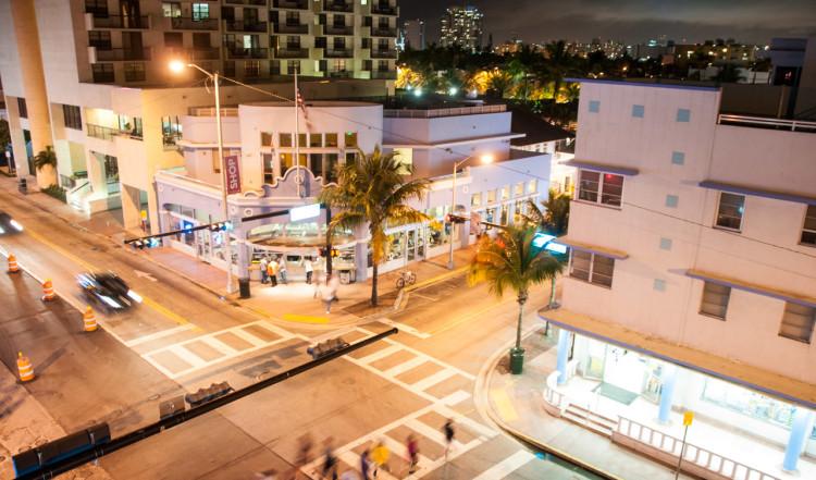 Utsikt från takterassen på Dream South Beach Hotell i Miami