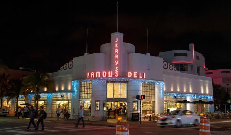 Jerry's Famous Deli, South Beach, Miami