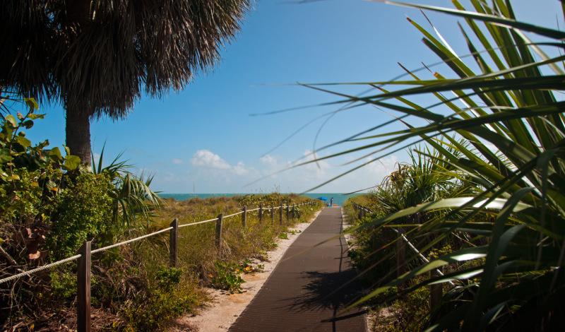 På väg till stranden. Bill Baggs Cape Florida State Park, Key Biscayne, Miami