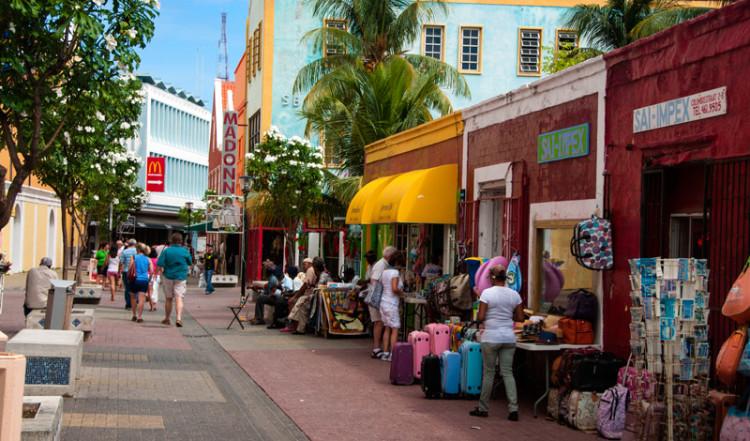 Gata i hjärtat av Willemstad, Curacao
