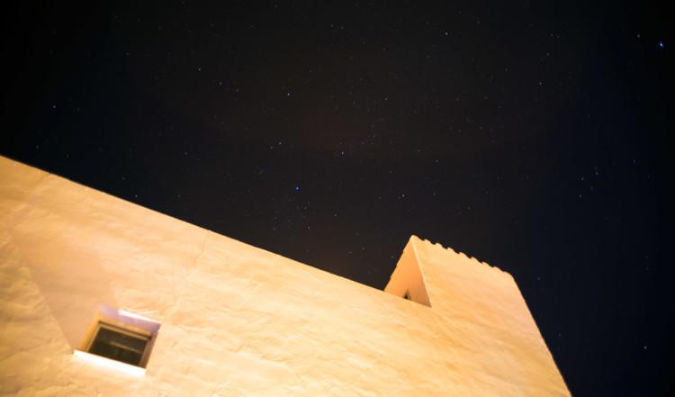 Stjärnklar himmel över Monte Viñas och Manilva