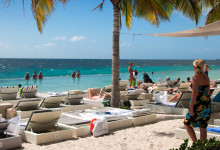 Papagayo Beach Club, Curacao