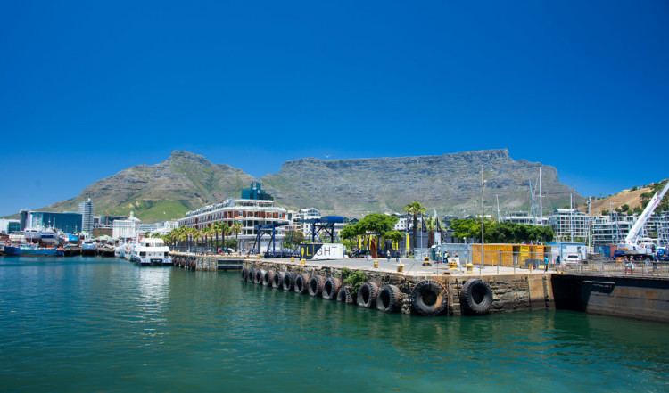 20141216-1245-39-Cape-Town-Harbour-View