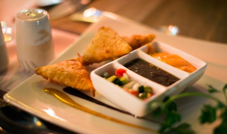 Samosas på Karibu Restaurant vid Waterfront
