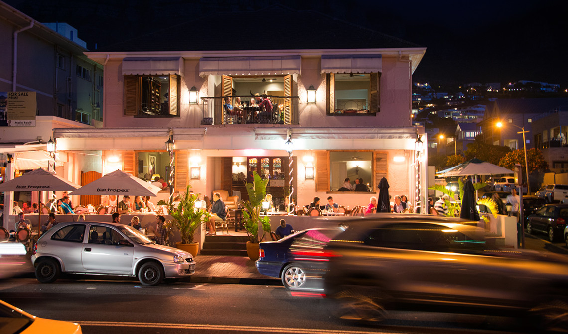 The Grand Cafe & Society i Camps Bay, Sydafrika