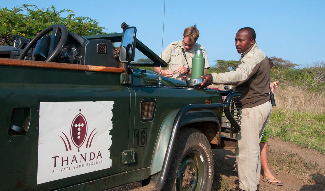 Kort stopp för en kopp kaffe under vår morgontur, Thanda Private Game Reserve