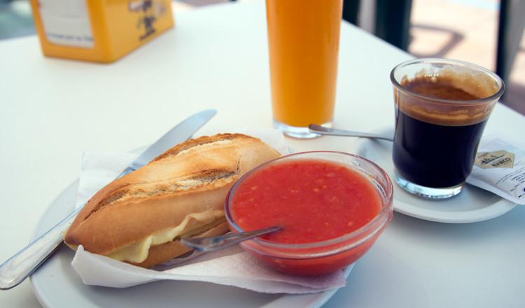 Frukost i Sabinillas