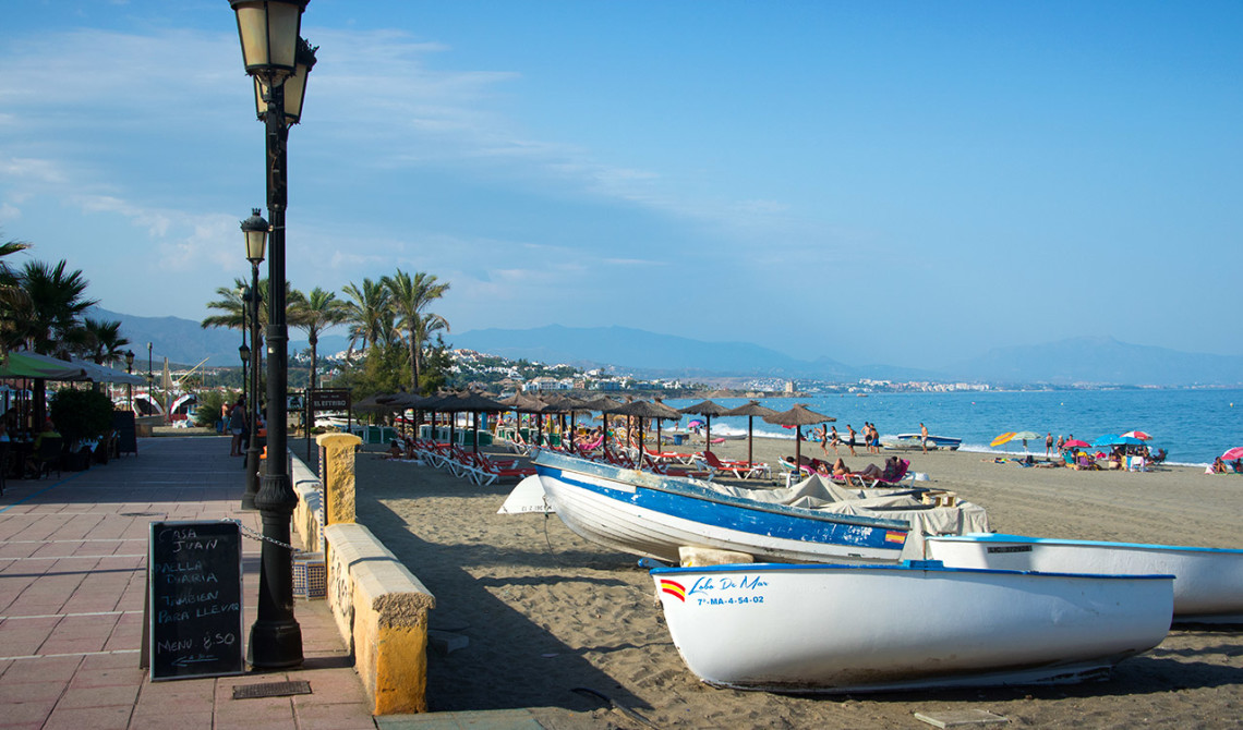 Sabinillas strandpromenad