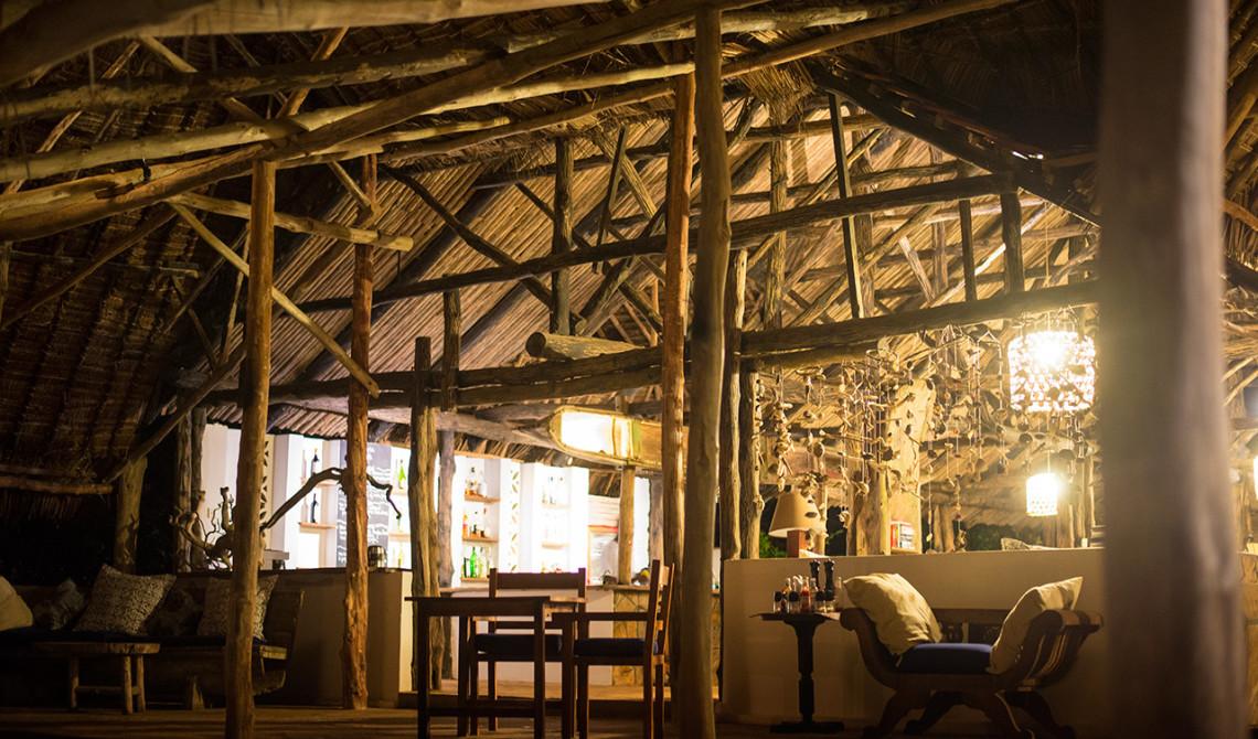 Fin och stor lobby till Manta Resort