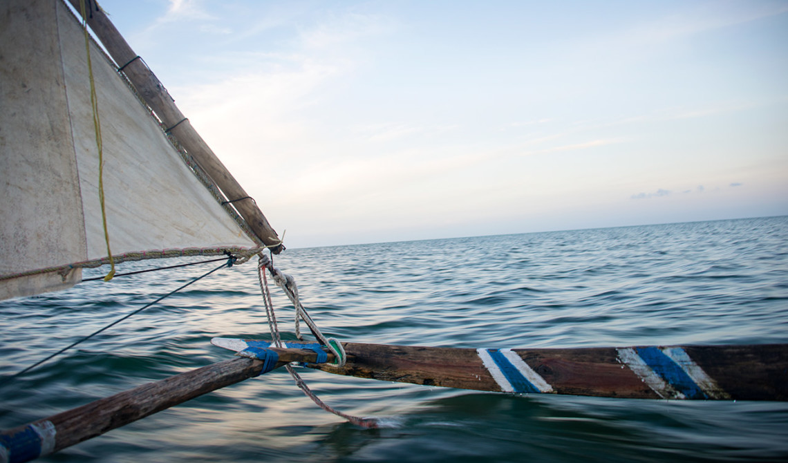 Kvällstur på en Ngalawa båt
