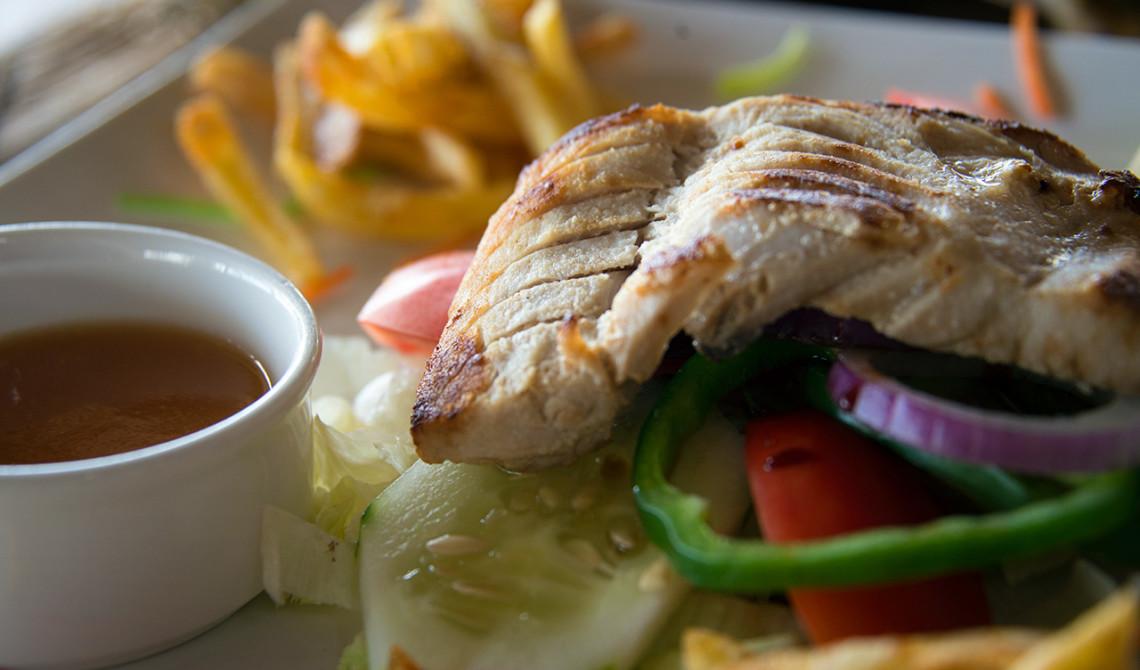 Lunch på Manta Resort