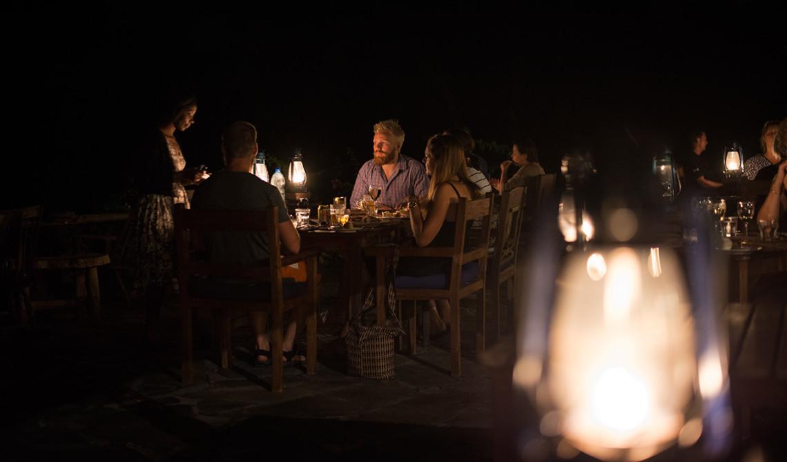 Middag under stjärnorna på Manta Resort