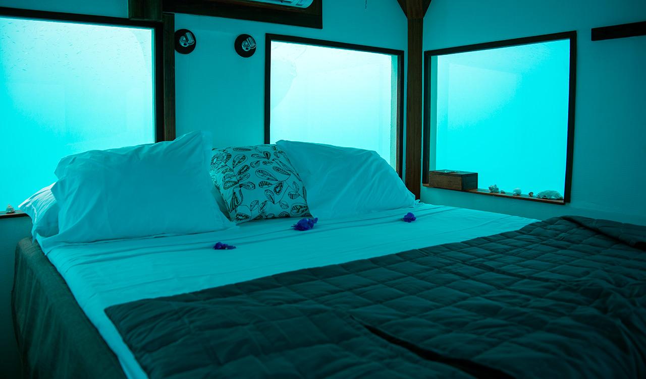 Permalink to Underwater Hotel Room