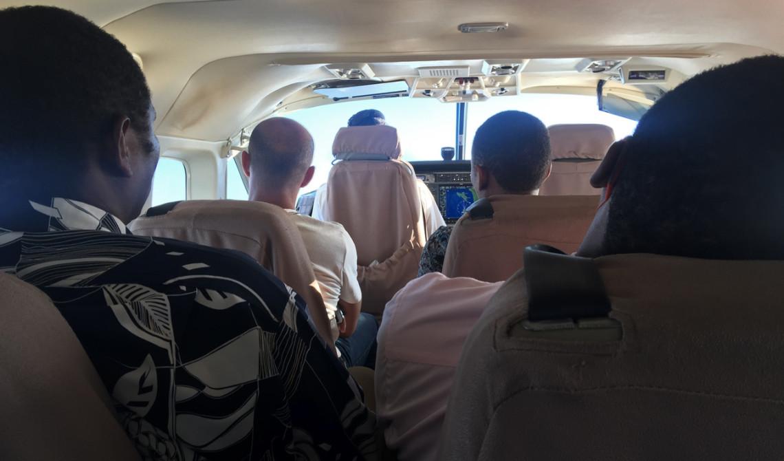 12 passagerare och pilot får plats i det lilla planet
