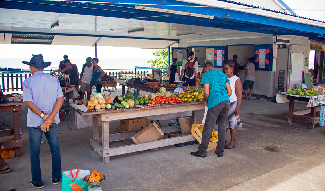 Marknad i Sainte-Luce, Martinique