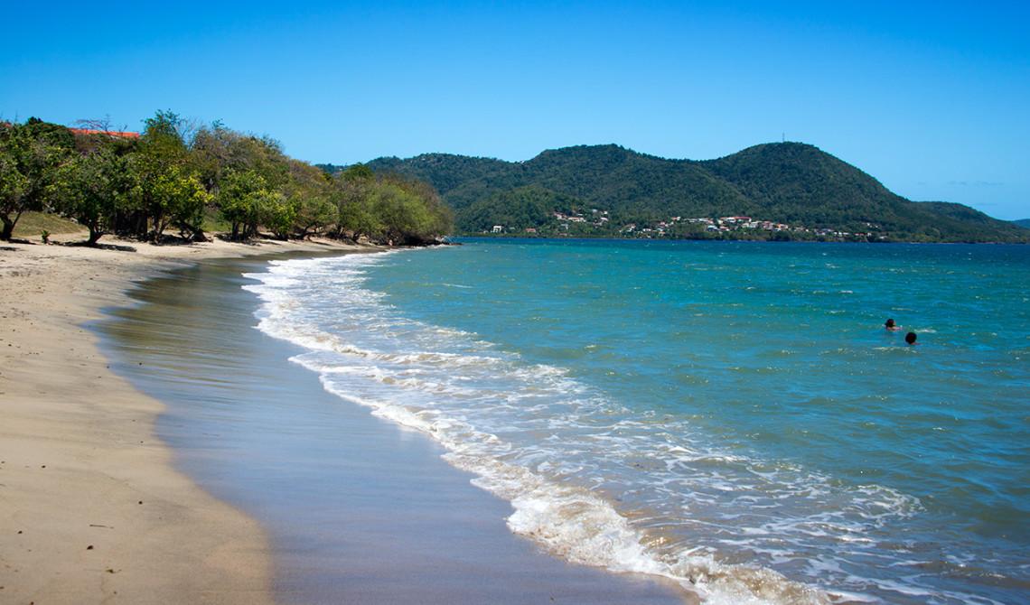 Strand nedanför Ti ' Paradis i Sainte-Luce, på Martinique