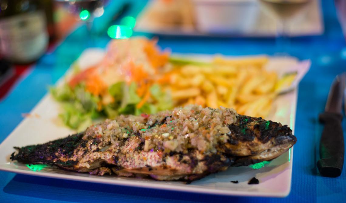 Middag på Chiche Restaurant i Sainte-Luce, Martinique