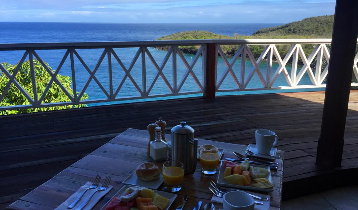 Vy under vår frukost på Ti Kaye Resort & Spa-på Saint Lucia