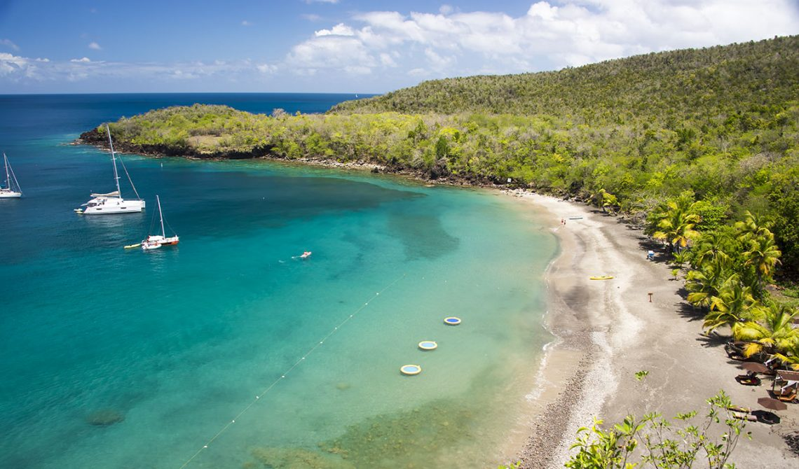 Strandvy uppifrån Ti Kaye Resort & Spa, Saint Lucia