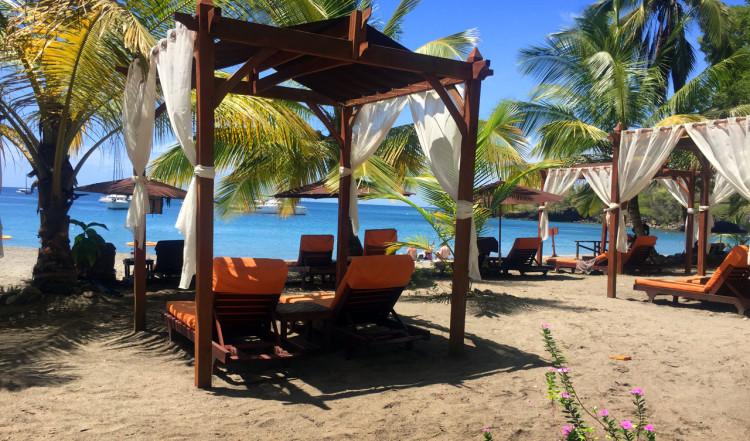Cabanas på stranden, Ti Kaye Resort & Spa, Saint Lucia