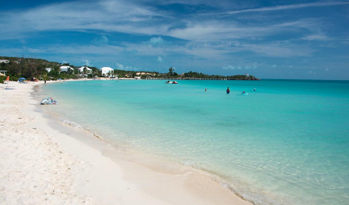 Ännu en vacker strand; Sapodilla Bay Beach på Turks & Caicos