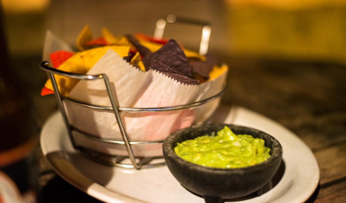 Guacamole på Somewhere cafe & lounge, Turks & Caicos