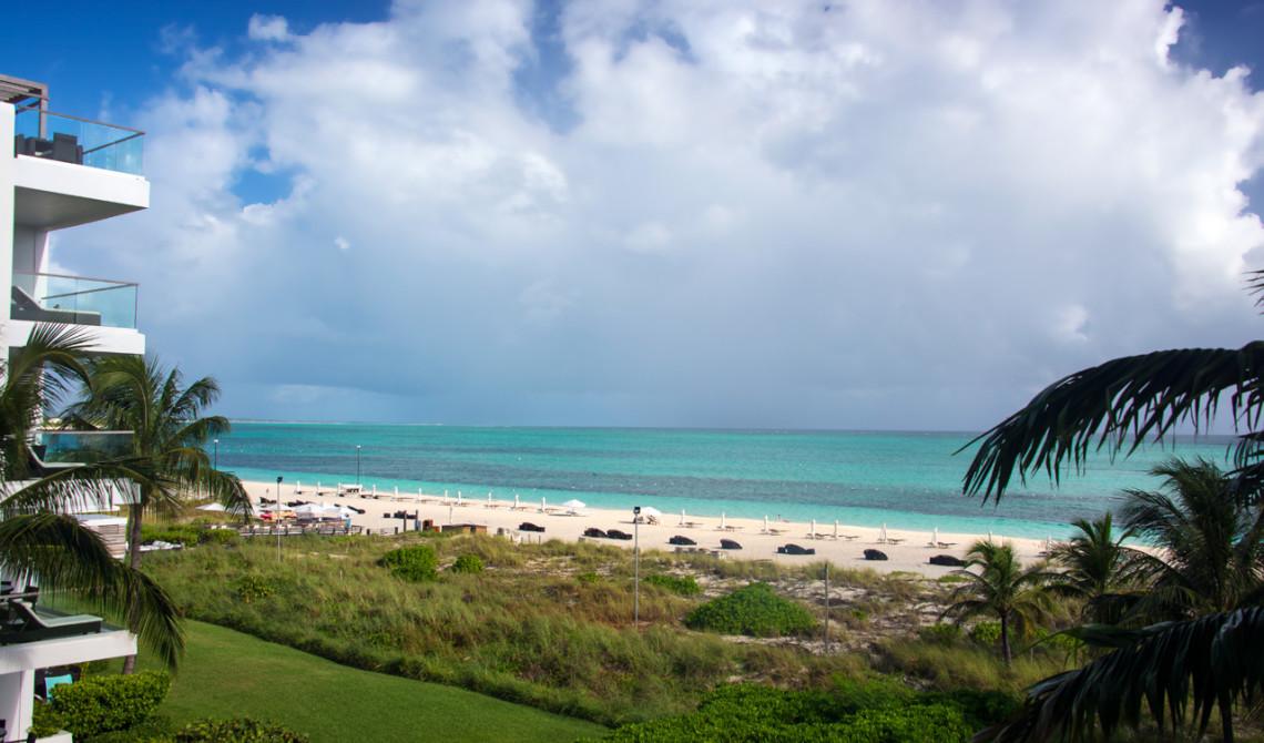Vy från vår balkong till vår Oceanfront Luxury One-beedrom suite, West Bay Club Resort, Turks & Caicos