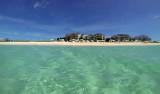 Dag på Grace Bay strand