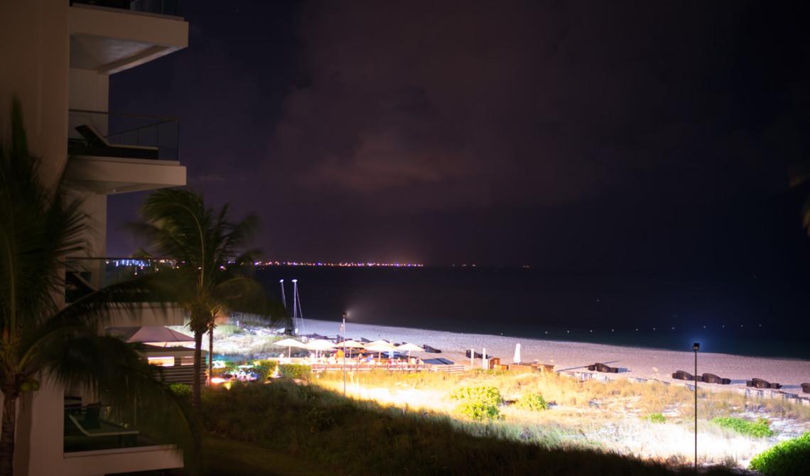 Nattvy från vår balkong på West Bay Club Resort, Turks & Caicos