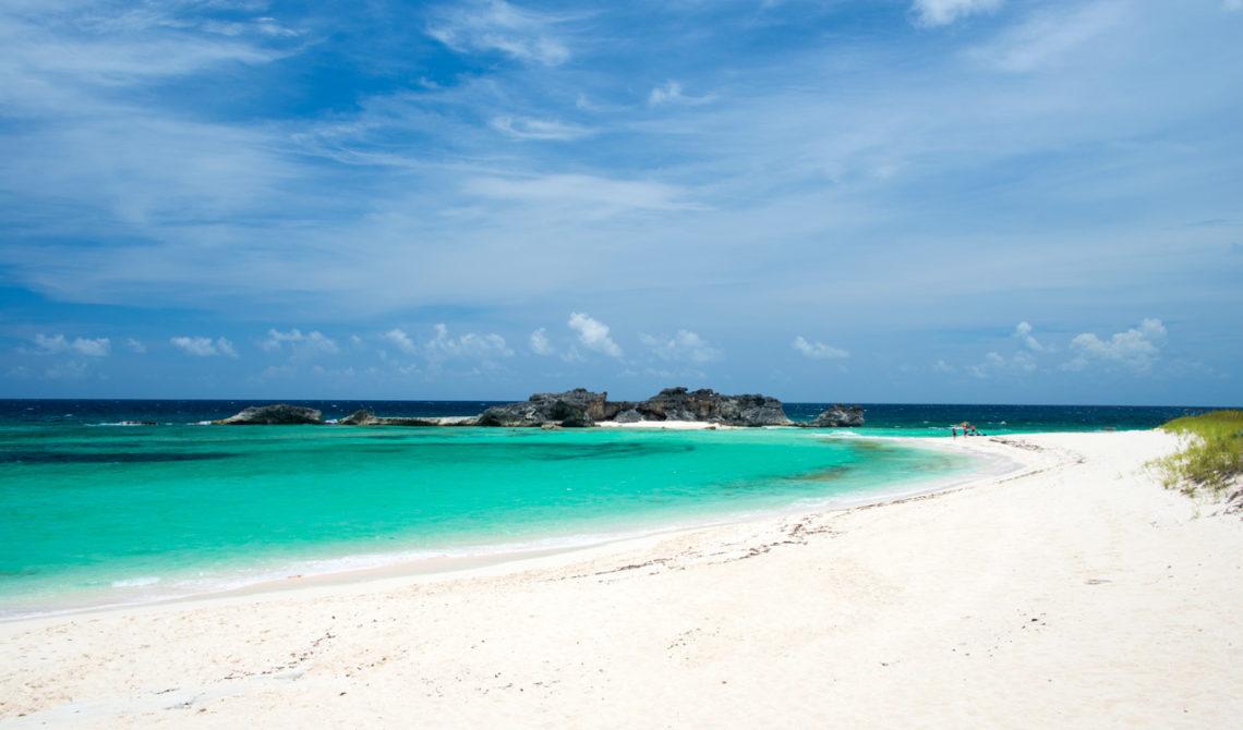 Stranden på väg mot Dragon Cay, Mudjin Harbour, Middle Caicos