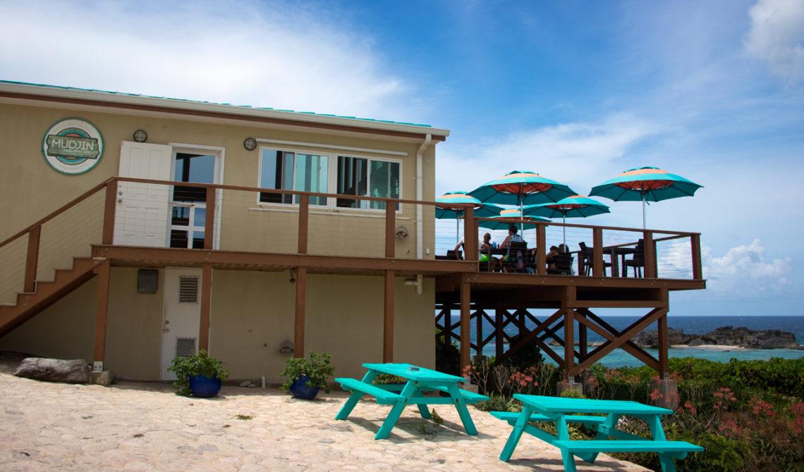 Mudjin Bar and Grill vid Mudjin Harbour, Turks & Caicos