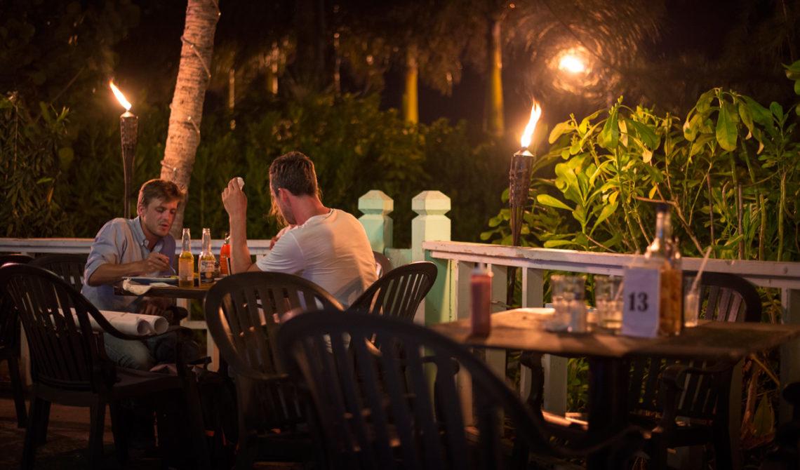 Mr Groupers Restaurang är väl värt ett besök. Providenciales, Turks & Caicos