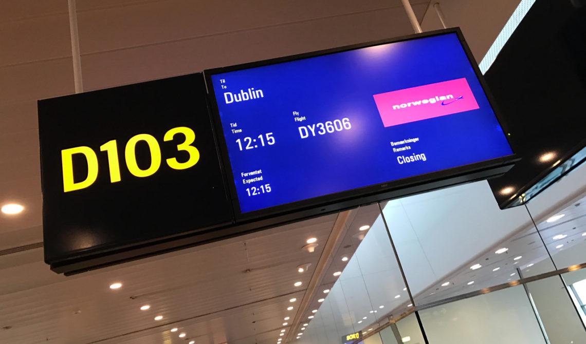 På väg ombord på Norwegians flyg till Dublin