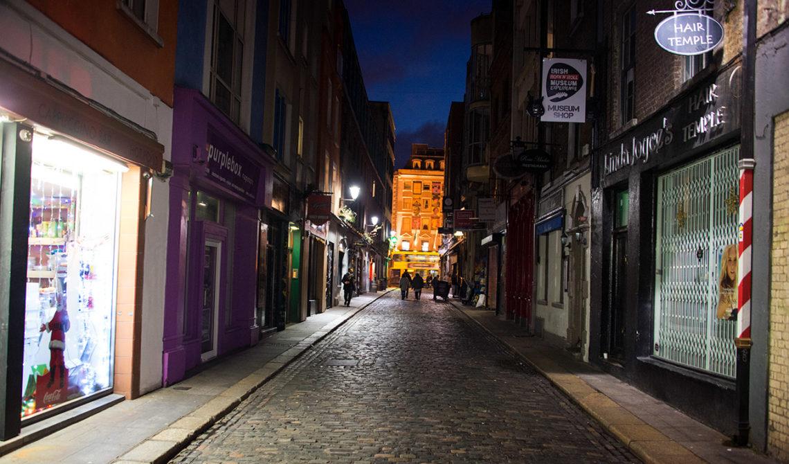 Filmaffischen till irländska filmen Ones är tagen på denna gata, strax intill Sun Studios i Dublin