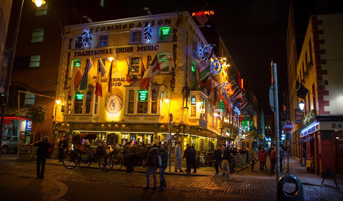 Temple bar i hjärtat av Dublin