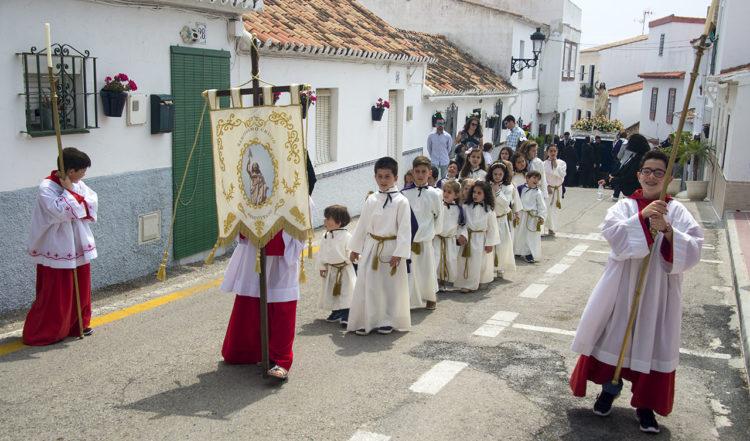 Påskdagens procession för Jesus uppståendelse