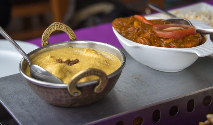 Indiska huvudrätter på Taj Mahal Restaurang i La Duquesa