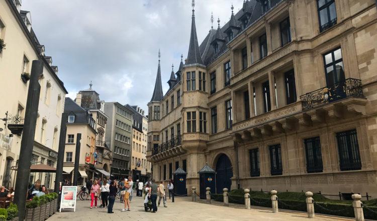 Slottet Grand Ducal Palace i hjärtat av Luxemburg