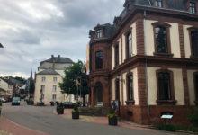 Gata i staden Wiltz i Luxembourg