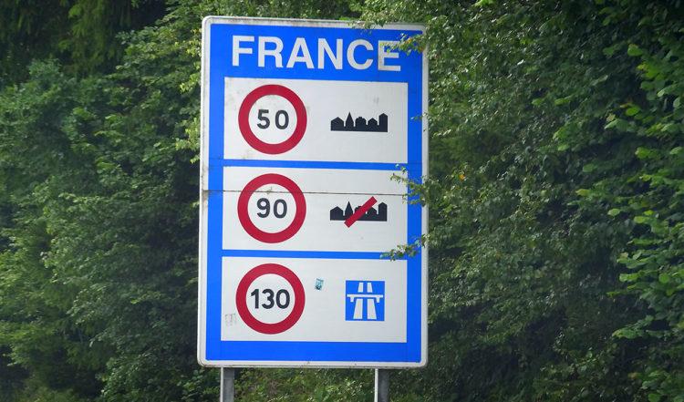 Vi kör in i Frankrike
