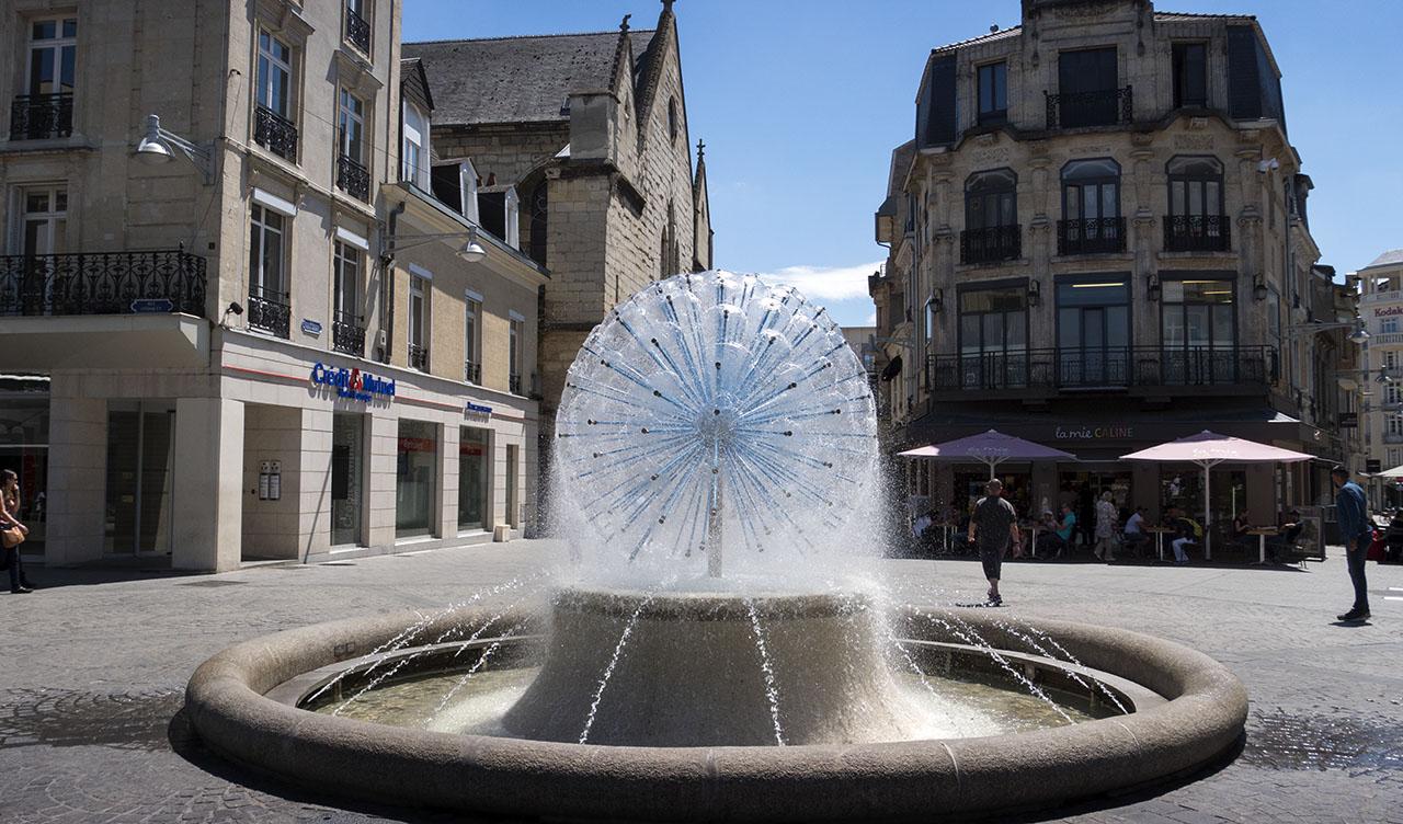 Fontän i hjärtat av Reims
