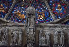 Mäktiga och vackra målningar och utsmyckningar att beundra i Notre Dame katedral i Reims