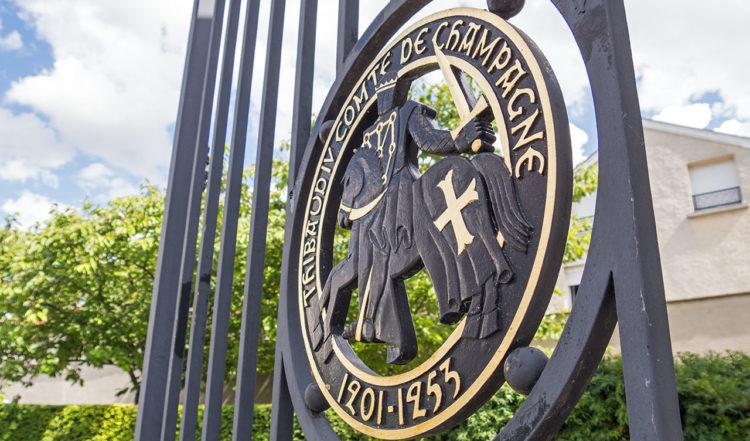Ingången till Taittinger i Reims