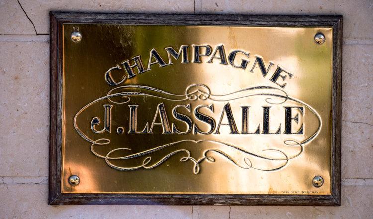 J. Lassalle i Chigny-les-Roses, Frankrike