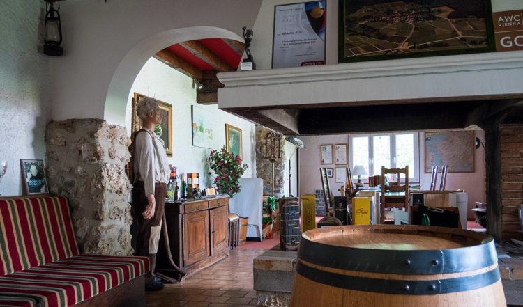 Inne på Tribaut Schloesser i Romery, Frankrike