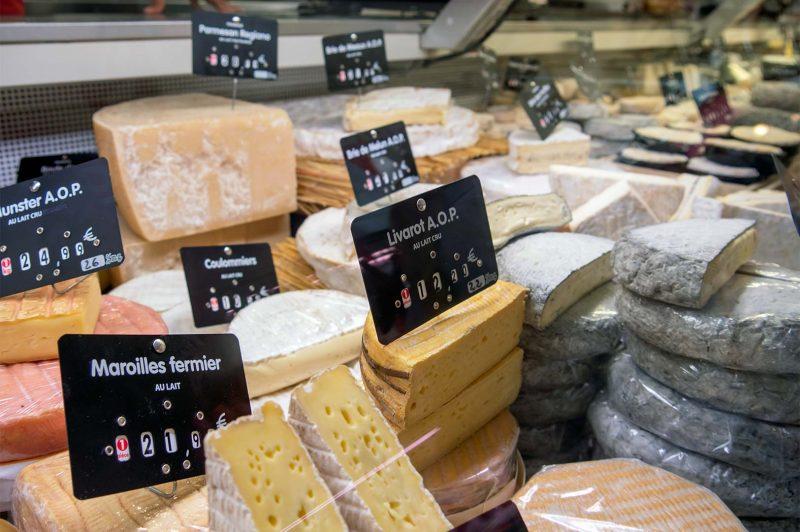 Franska ostar på Les Halles, Biarritz Frankrike